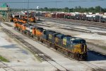 CSX5296, CSX5265 and others outside the depot