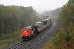 CN 3811 leads Q142 down Steelton Hill in the rain