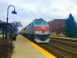 Metra 211 leads the weekend double header