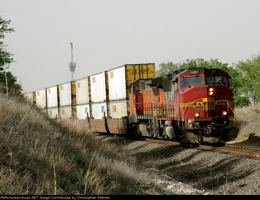 BNSF 141