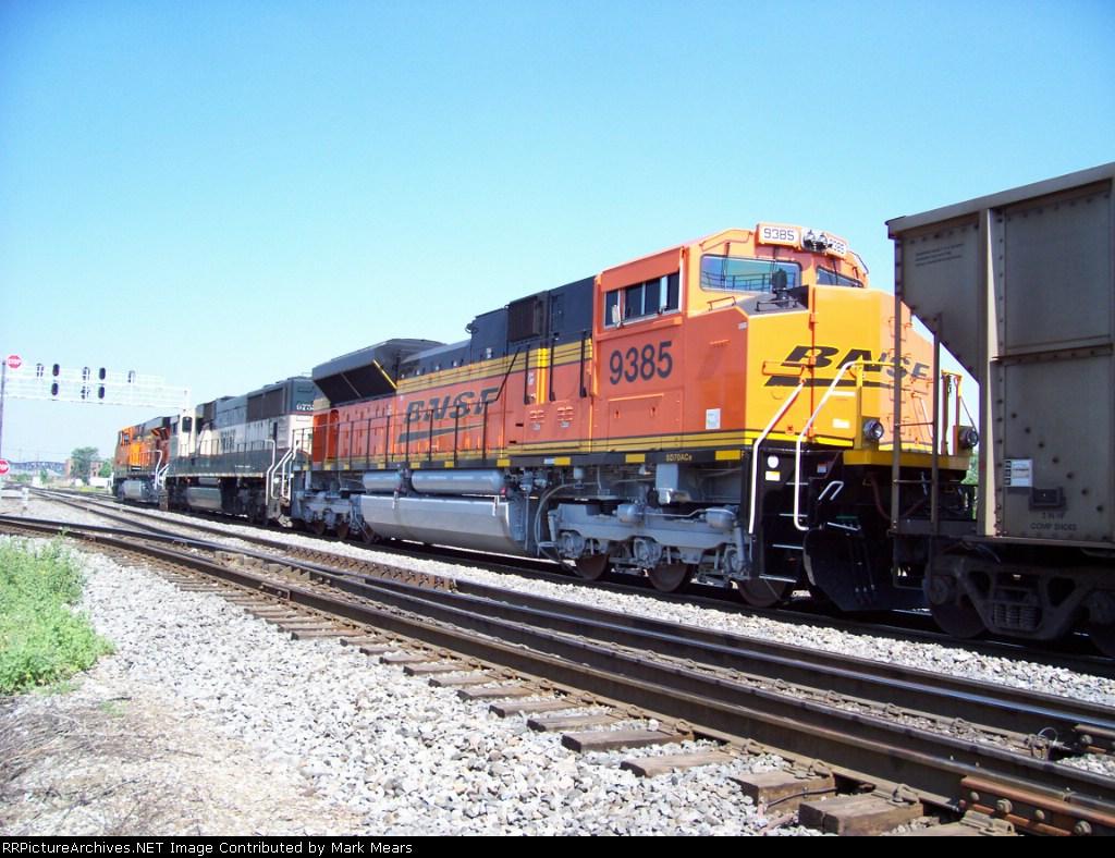 BNSF 9385