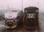 NW 8582 & Amtrak 814