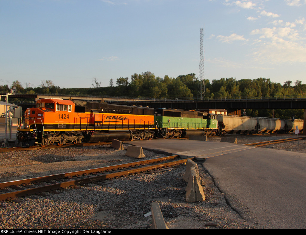 BNSF 1424