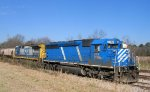 CEFX 3138 & CSX 7533 are tied up in the siding