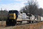 CSX 7626 & RLCX 8571 lead a train southbound (compass west)