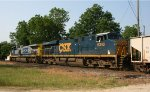 CSX 526 & 5340 lead train Q776 (Vulcan rock train) southbound