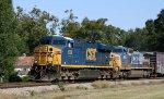 CSX 5389 & 7675 lead train Q485 southbound