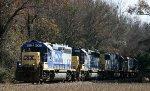 CSX 6002 leads 5 other CSX loco northbound on train Q492