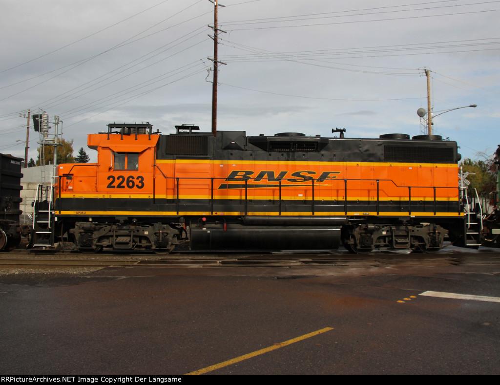 BNSF 2263