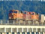 BNSF 7419/CP 8721/BNSF 6105 N/B across Mud Bay Crossing