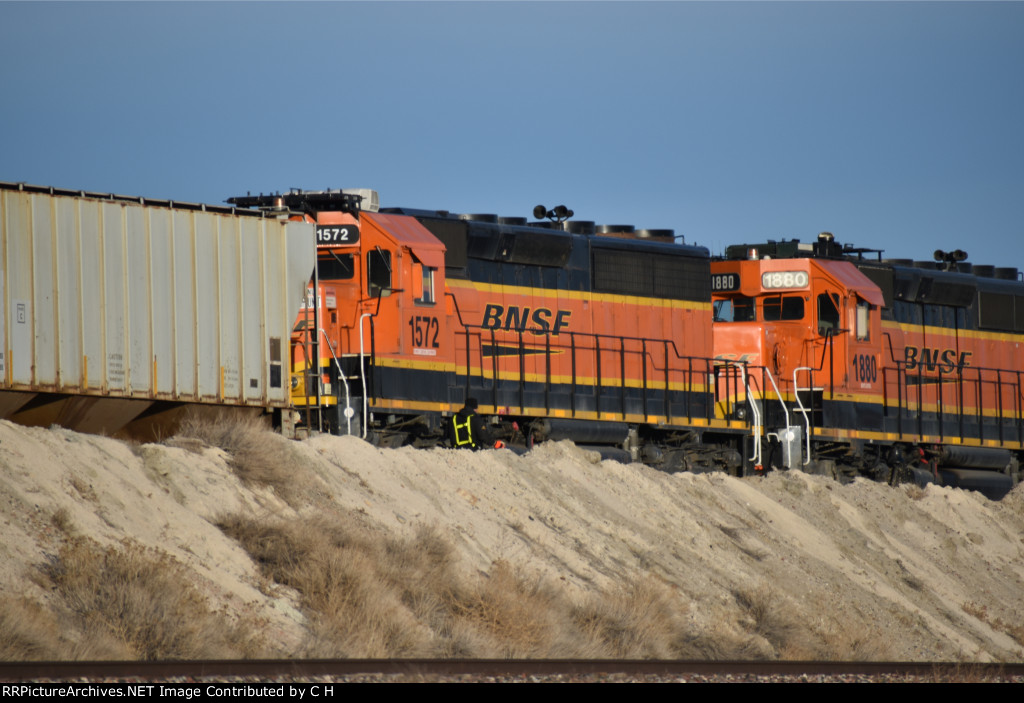 BNSF 1572