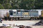 CSX GP40-2 6137 lays over