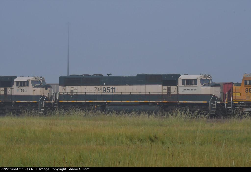 BNSF 9511 Roster shot.