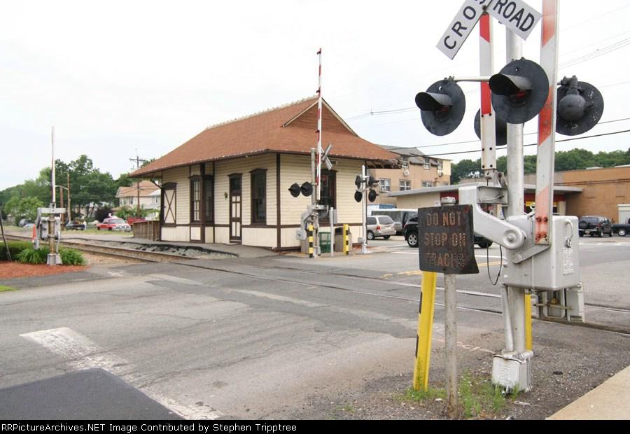 NYSW Hawthorne station