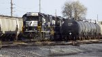 NS 4651 in the yard.....