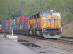 UP 3885 leads CSX Q118 into Little Ferry Yard
