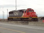 CN 5432 reversing W/B at the east end of Roberts Bank Yard