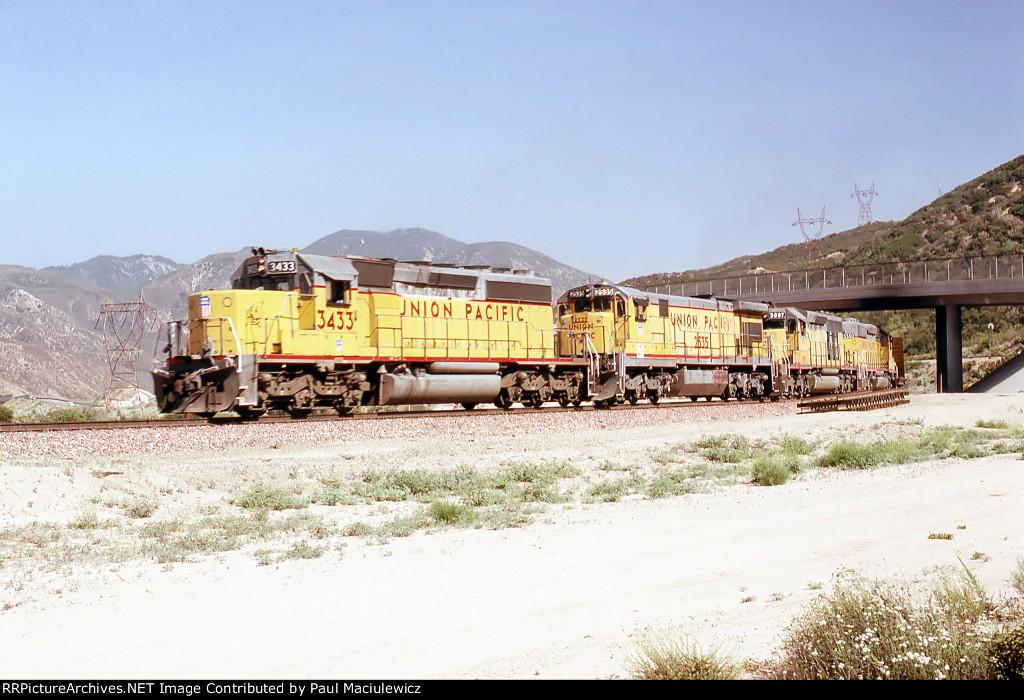 Union Pacific 3433