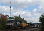 NS 33A heads west past Hershey Park's idle roller coasters