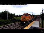 BNSF B40-8W #538 Passes Quincy