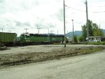 BNSF 3009/2092 S/B to WA from BC at border, waiting for clearance