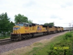 UP 4926 leads westbound toward UP/BNSF crossing
