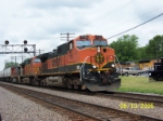 BNSF 1115 leads eastbound. UP train has to wait it's turn.