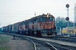 w/b CMSTP&P train led by GP40 #2004