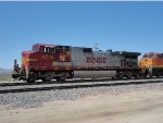 BNSF Warbonnet 4716 At Danby
