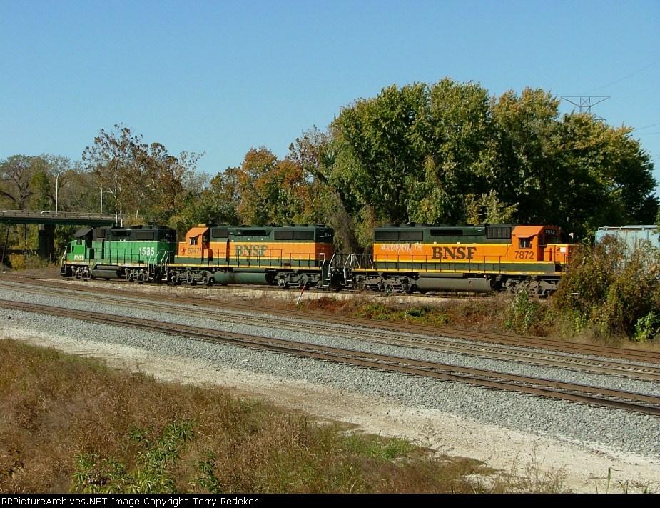BNSF 1535