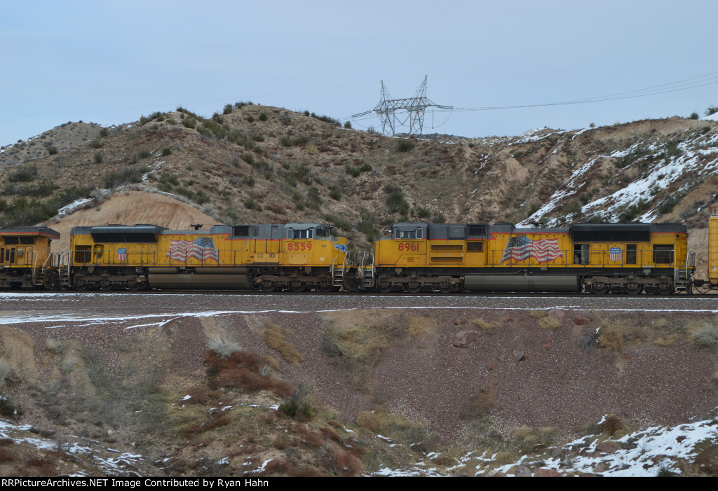 2 UP ACes entering a Snowy Cajon Pass