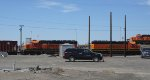 BNSF 1794-BNSF 1685 below, and BNSF 1872 at the top of the hump