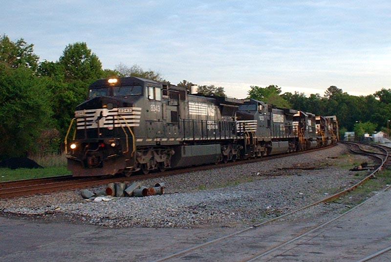 NS Train 322