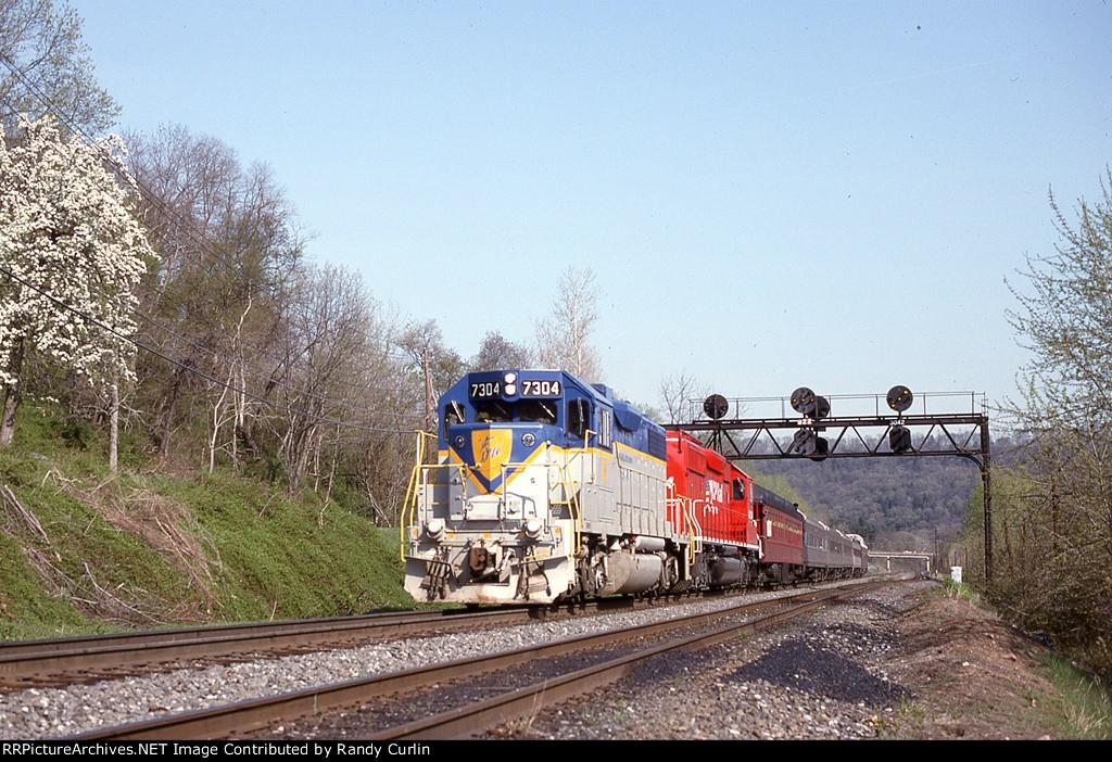 DH 7304 at Heckton PA