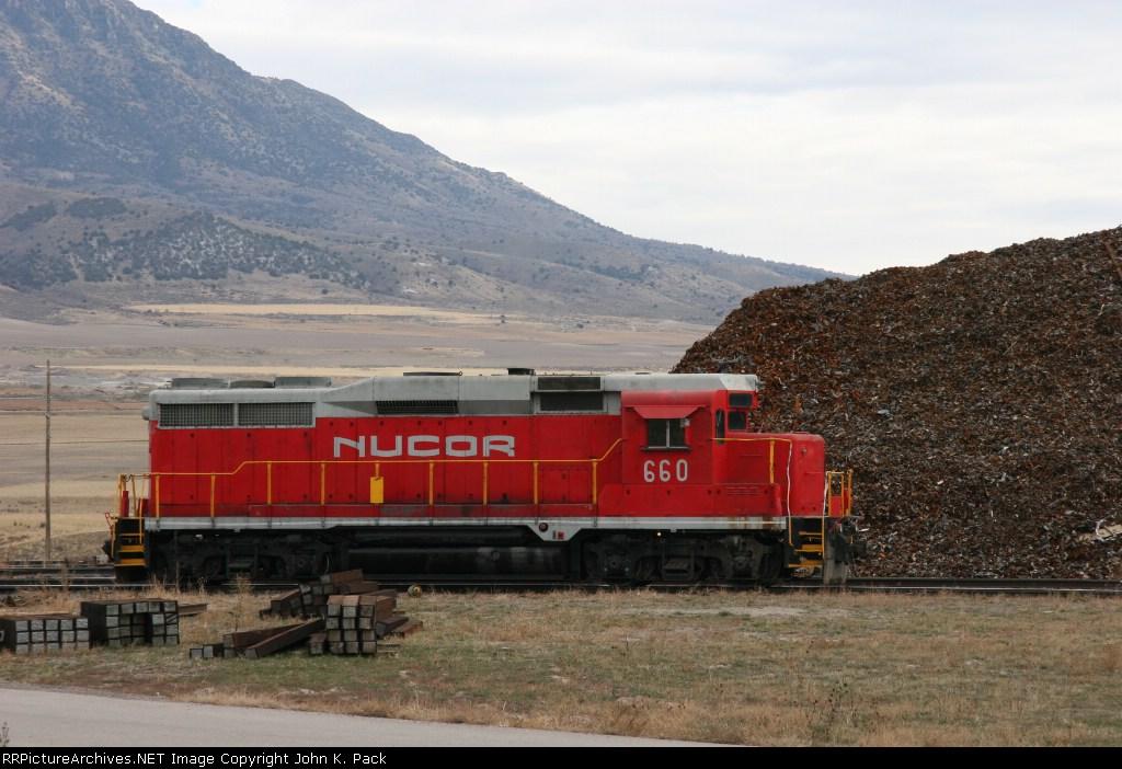 NUCOR 660