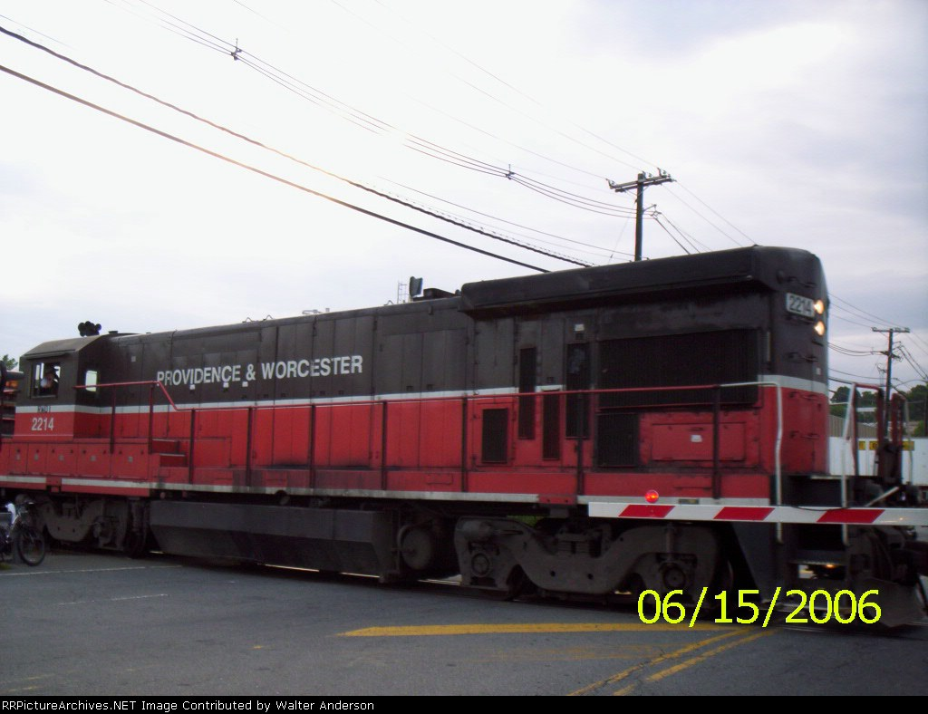 PW 2214 on the NYS&W line