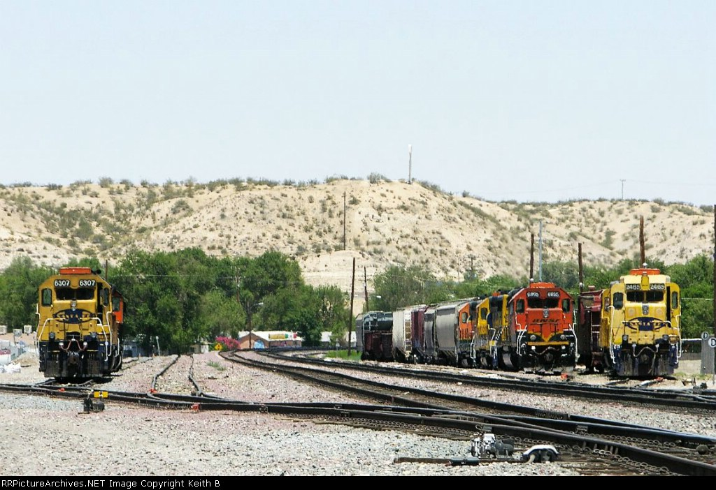 BNSF 6307  6895 and 2465