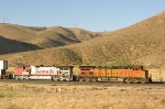 BNSF 4047 and 650