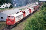 e/b SOO Line train led by F7A #214A + SD40 #748 + U30C #806
