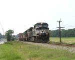 NS 227 approaching the Antietam station