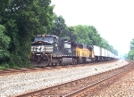 NS 9189 leads a westbound 