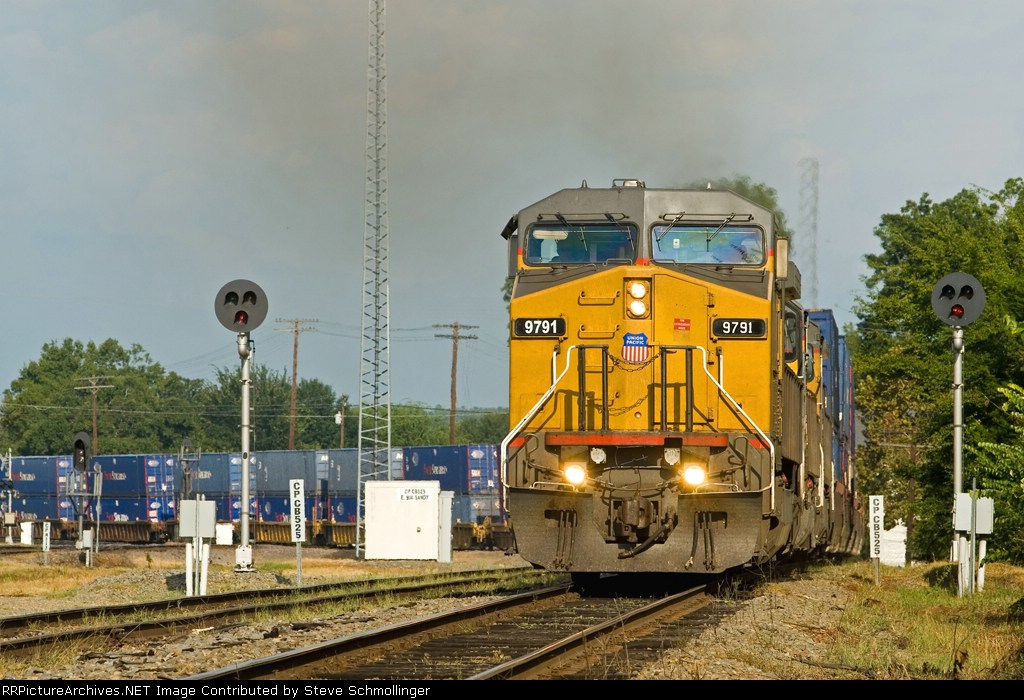 UP 9791 South departs