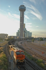 BNSF westbound coal empties pass through Union Station