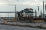 NS 9559 East departs Centennial Yard