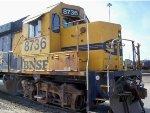 BNSF 8736 switching in La Crosse
