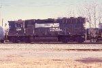 NS 1358 hi hood straight GP40 on mainline train