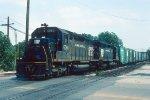 w/b CR train led by SD40 #6060 + SD45 #6116