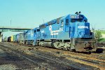 w/b CR train led by SD45 #6166 + B23-7 #1915