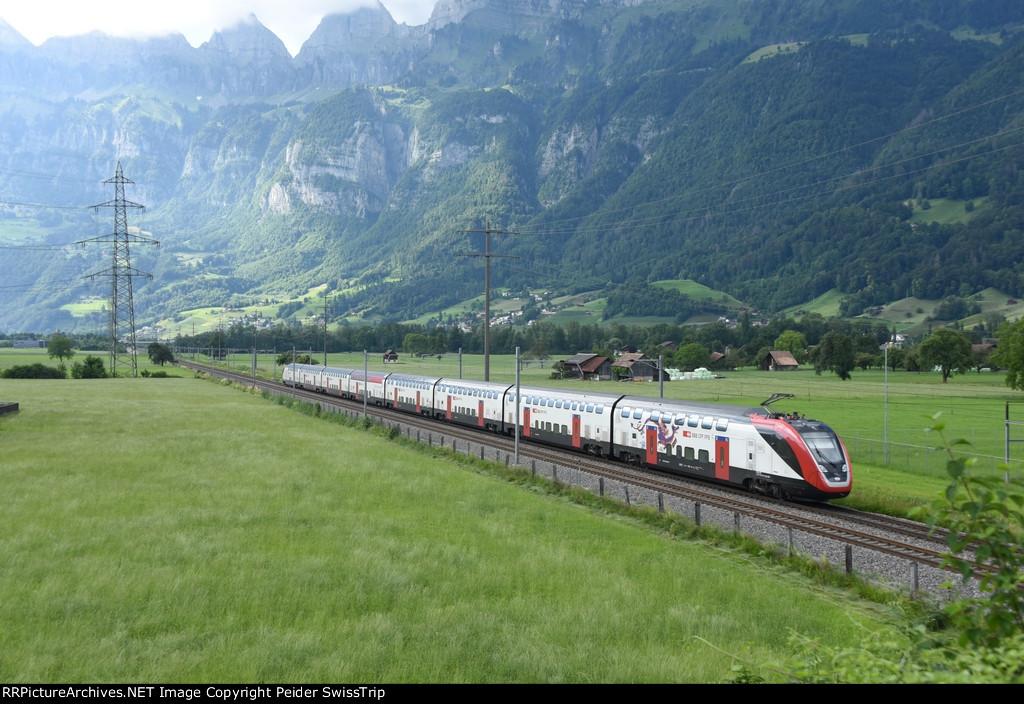 Swiss InterCity - IC3 Basel - Zurich - Chur