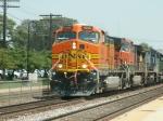 BNSF 4030 rolls west